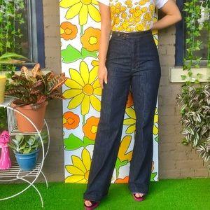 Vintage 70s dark wash jeans wide leg flares M/L